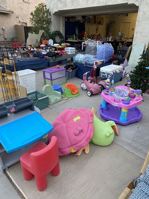 Toys, clothes, antiques, collectibles, household, Christmas, and Halloween decor, and more for Sale in Waddell, AZ