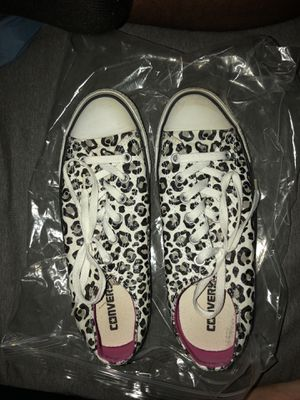 Cheetah converse for Sale in Pittsburgh, PA