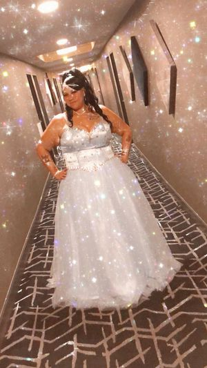 Plus size wedding/prom dress for Sale in Niagara Falls, NY