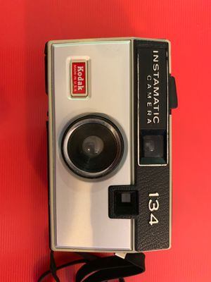 Kodak Instamatic 134 (1968-1971) for Sale in Worthington, OH