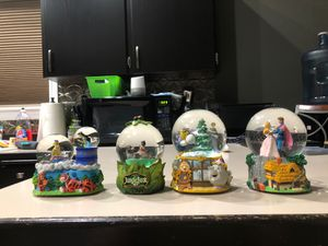 All these Disney snow globes for 60$!! for Sale in Vancouver, WA