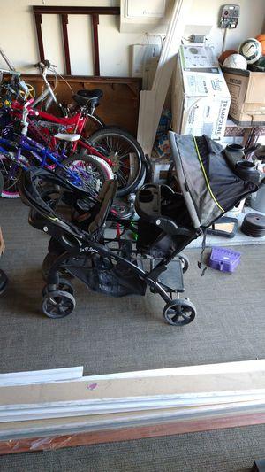 Baby trend stroller for Sale in Hemet, CA