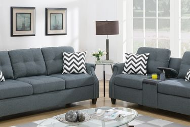 SOFA AND LOVESEAT WITH ACCENT PILLOWS AND USB CONSOLE for Sale in Hacienda Heights,  CA