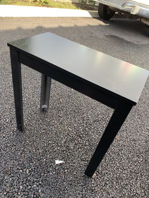 Black Side Table for Sale in Washougal, WA