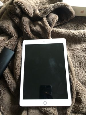 IPad 6th Generation for Sale in Chantilly, VA