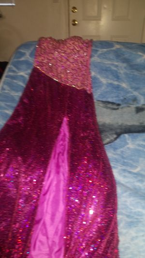Prom dresses size 2,&2&6 d16 cup for Sale in Miami, FL