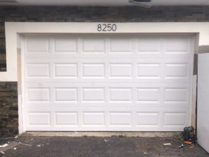 Garage Doors (sale, service and installation) for Sale in Hialeah, FL