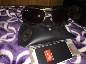 Women's Authentic Rayban sunglasses for Sale in Salinas, CA