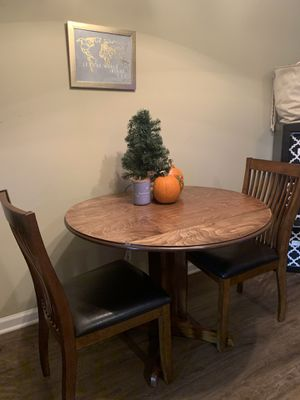 Dining table with 2 chairs. for Sale in Murfreesboro, TN