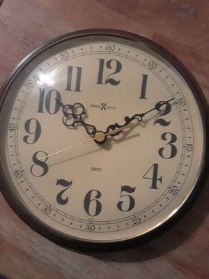 Vintage Howard Miller Clock for Sale in Gainesville, FL