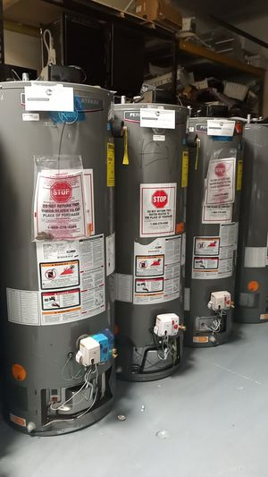 Rheem Performance Platinum Water Heater 40 and 50 gal for Sale in San Fernando, CA