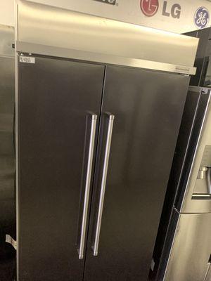 "Kitchen aid 42"" built in refrigerator for Sale in Azusa, CA"