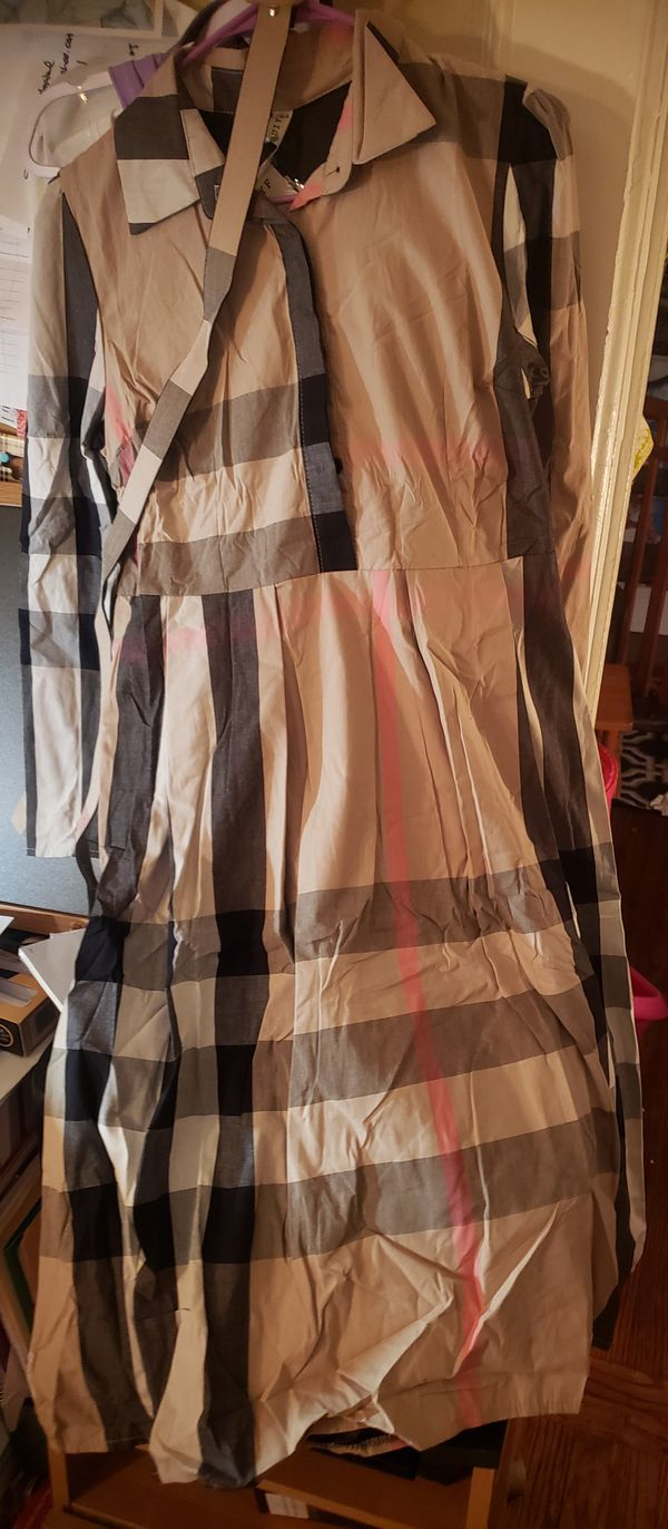 NWTs Patterned Dress w/ belt- made to last
