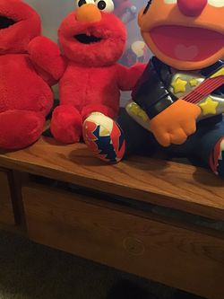Vintage tickle me Elmo, Surprise Tickle Elmo, and Rock n roll Ernie dolls, they work still, 97, 2000, 98 editions for Sale in Killeen,  TX