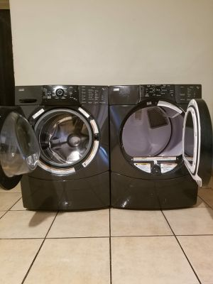 BLACK KENMORE WASHER AND ELECTRIC DRYER EXCELLENT CONDITION for Sale in Glendale, AZ