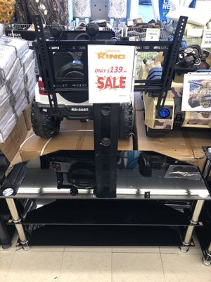 TV STAND WITH TV MOUNT (TEMPERED) for Sale in Detroit, MI