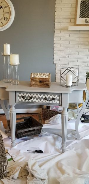 Grey table/console for Sale in St. Louis, MO