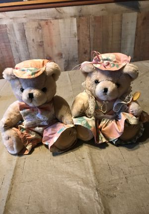 Two plush Mama and papa bears for Sale in Elkridge, MD