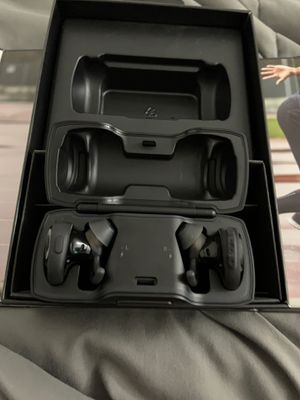 Bose wireless headphones for Sale in Port St. Lucie, FL