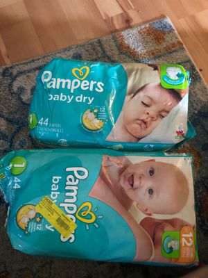 2 bags of Pampers Sz 1 for Sale in Fort Worth, TX