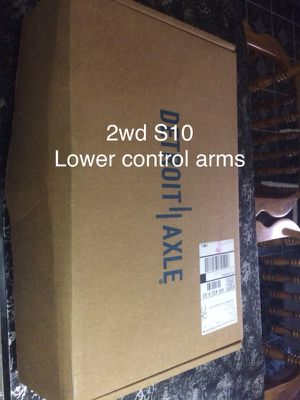 S10 2wd lower control arms w/ ball joints( parts,car,truck,) for Sale in Columbus, OH