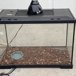 Snake Tank FREE . (ball Python ) for Sale in Artesia, CA
