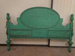 Twin size antique foot board for Sale in Montrose, CA