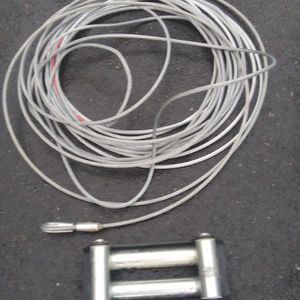 100 foot cable brand new cable with 2 bens in it and wench pulley for Sale in Lake Stevens, WA