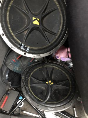 Speakers kickers 12 inch for Sale in San Francisco, CA