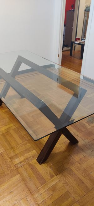 Ashley Furniture Glass Dining Table for Sale in Brooklyn, NY
