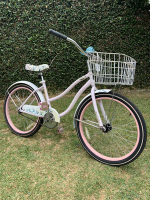 "Cute 24"" Huffy Cranbrook - Nice bike with Whale Squeak Bell for Sale in Long Beach, CA"