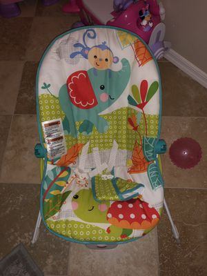 Fisher Price Bouncer with vibration for Sale in Scottsdale, AZ