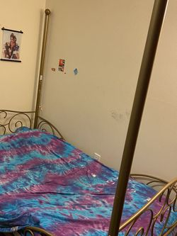 Twin Metal Bed Frame for Sale in Portland,  OR