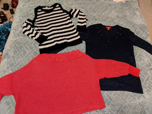 Free women's clothes, size medium for Sale in Bellevue, WA