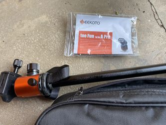Geekoto dslr tripod and case for Sale in Boulder,  CO