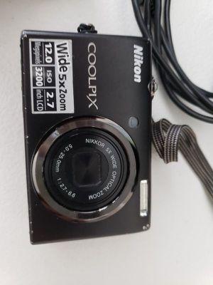 Nikon Coolpix 12MP Digital Camera for Sale in Puyallup, WA