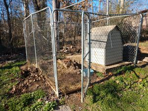 Dog kennel and dog house for Sale in Knoxville, TN