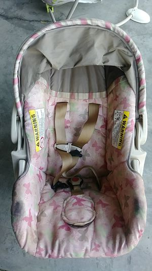 Infant car seat/carrier for Sale in Fountain, CO