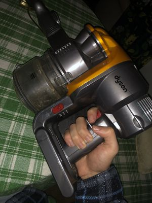 Dyson handheld vaccum for Sale in Lakewood, WA