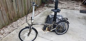 Dahon folding bike in good riding condition for Sale in Brandon, FL
