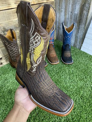 Wéstern boots 👍‼️🤠🤠 for Sale in Bushton, KS