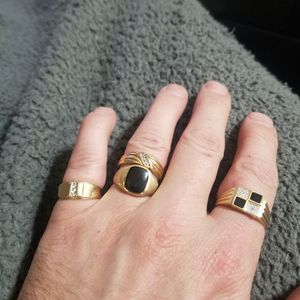 I BUY ANY GOLD OR SILVER JEWELRY OR COINS for Sale in Riverdale, UT