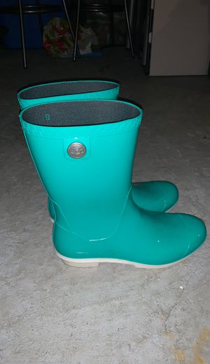 Ugg rain boots women's size 9 *accepting best offer* for Sale in PA, US