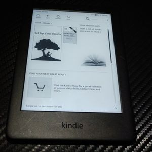 Amazon Kindle #JRG29R 10th generation 4GB READER IN GOOD CONDITION for Sale in San Diego, CA