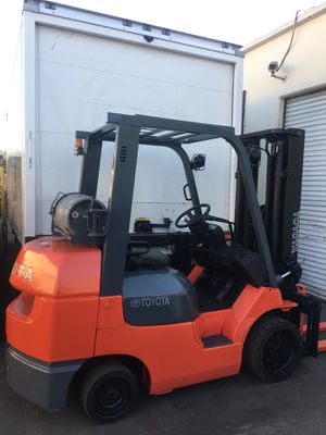 6000lbs Forklift new paint job for Sale in Westminster, CA