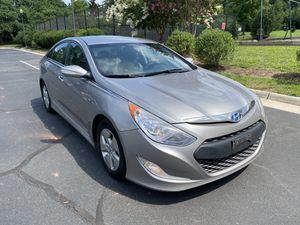 2012 Hyundai Sonata Hybrid Sedan for Sale in Richmond, VA
