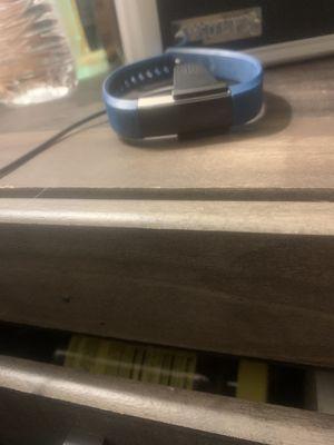 Fitbit alta for Sale in Kingston, NY