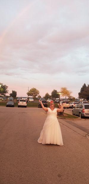 Wedding Dress. for Sale in Wayne, MI