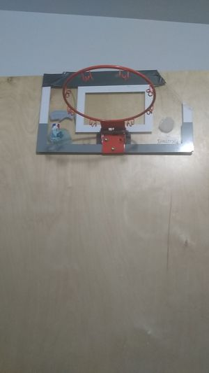 Basketball hoop for Sale in Goldsboro, NC