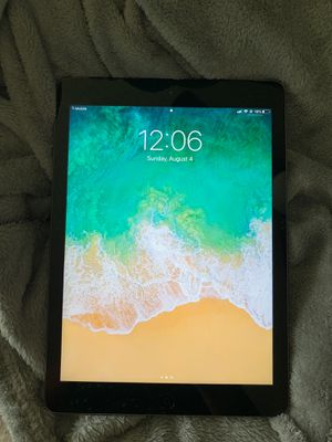 Apple iPad 1st generation 9.7 space gray for Sale in Temple, TX